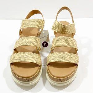Universal thread natural benni sandals